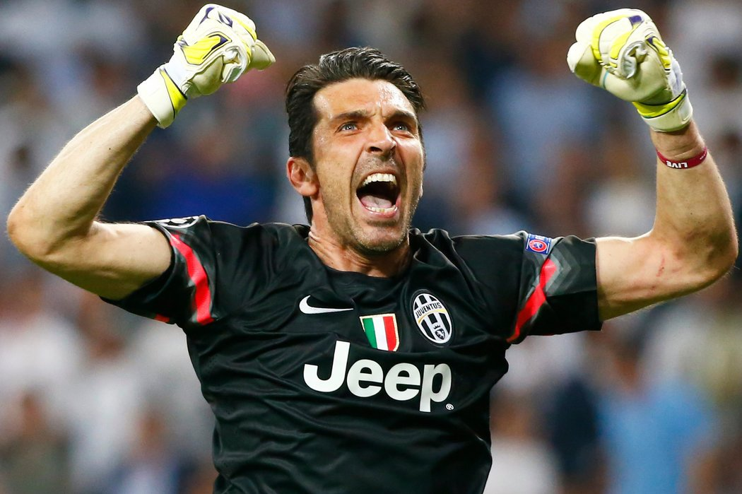 Gianluigi Buffon included in the Italy line up for two friendlies in 2018
