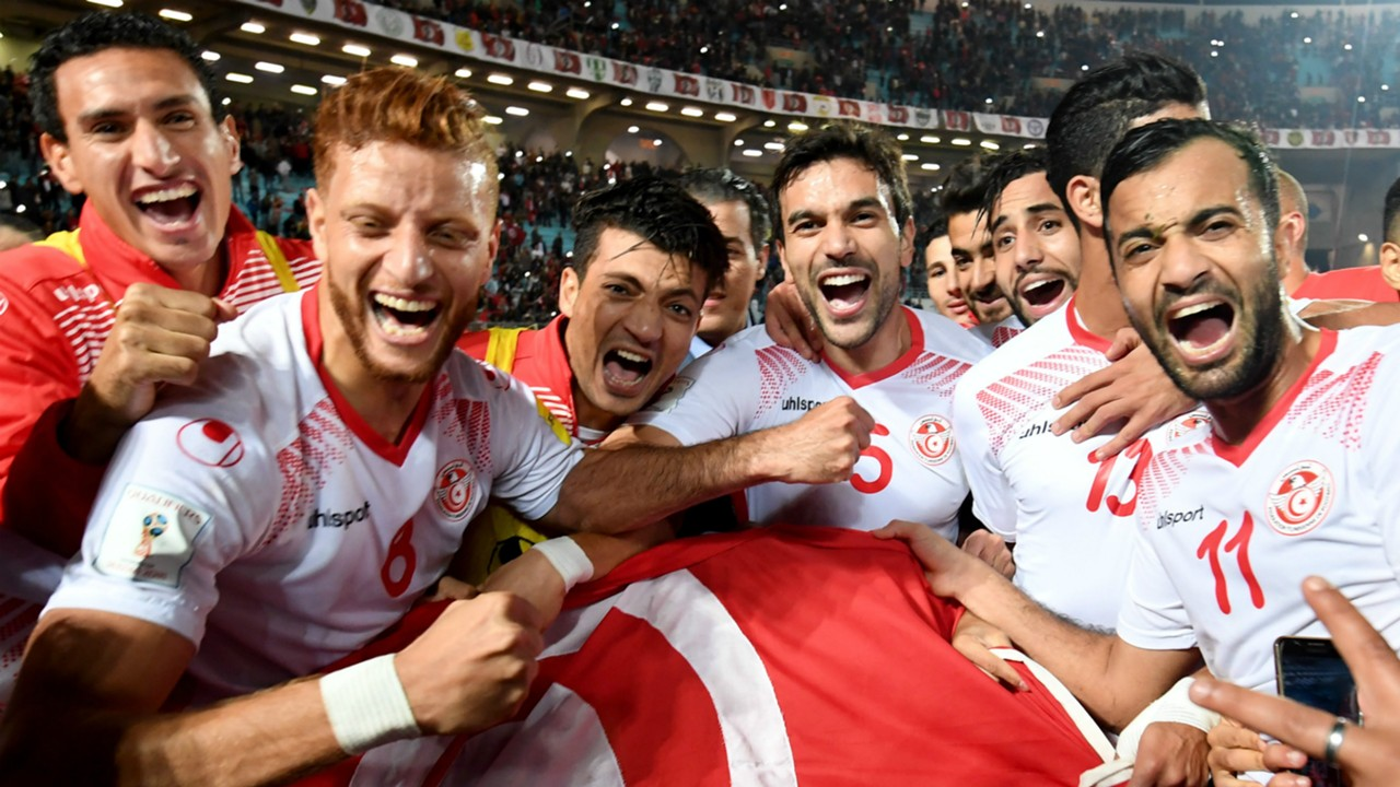 Tunisia Soccer fans happy faces