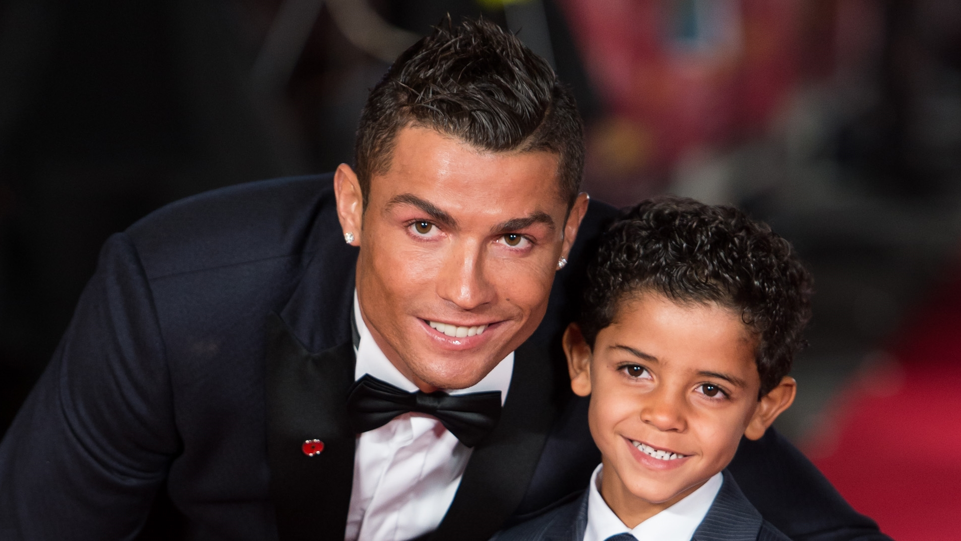 Ronaldo with junior ronaldo hd pics